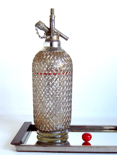 bouteille siphon a eau de seltz brocanteo la boutique brocante et deco. Black Bedroom Furniture Sets. Home Design Ideas
