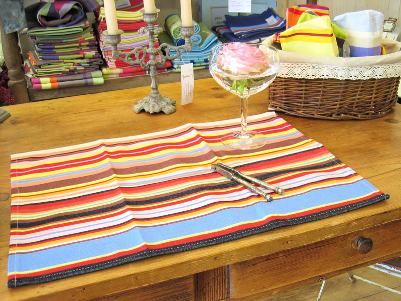 linge de table toiles du soleil tom multicolore. Black Bedroom Furniture Sets. Home Design Ideas