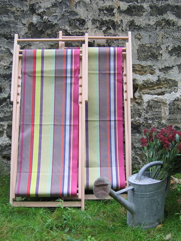 chaise longue transat en toiles du soleil brocanteo la boutique brocante et deco. Black Bedroom Furniture Sets. Home Design Ideas