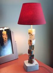 Ngi-043-Lampe-Chambre-Enfant-Cube-Jeu-Bois-Dedale